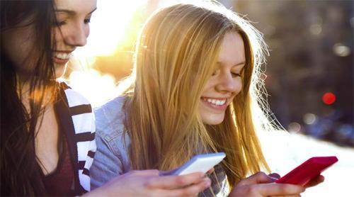Смартфон: подбираем подарок для любимых