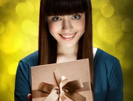 Выбираем подарок жене