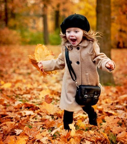 Верхняя одежда для девочек: оригинальность и комфорт