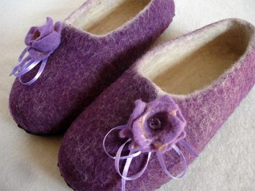 Выбираем здоровую обувь: домашние тапочки из войлока