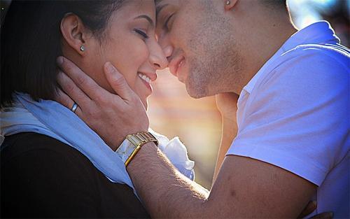 Романтика в отношениях: как не утратить былой пыл