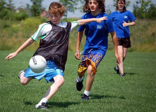 Футбольный мяч для команды чемпионов — это реально!