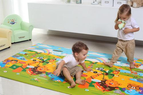 Достоинства покупки игрового коврика для малыша