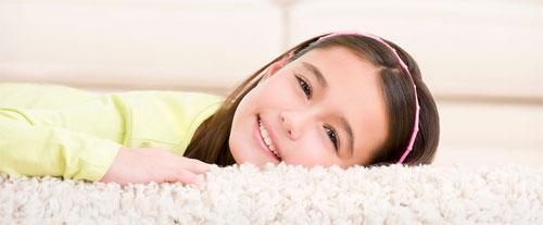 Эффективная химчистка ковров: стоит ли пытаться чистить ковер своими силами?