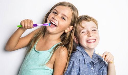 Профилактика и лечение заболеваний детских зубов