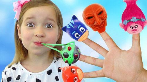 Как выбрать игрушку в подарок ребенку