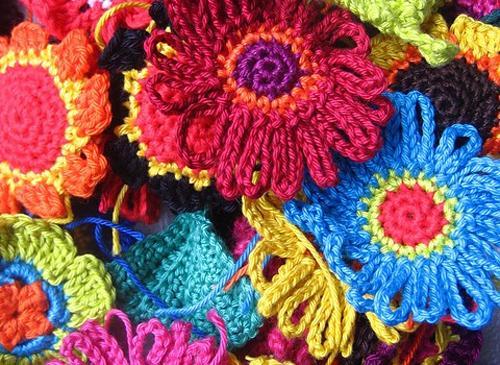Креативные идеи по вязанию цветов крючком