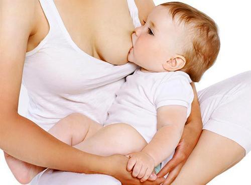 Можно ли избежать повреждения сосков в период грудного вскармливания?