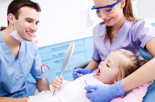 Спешим к стоматологу!