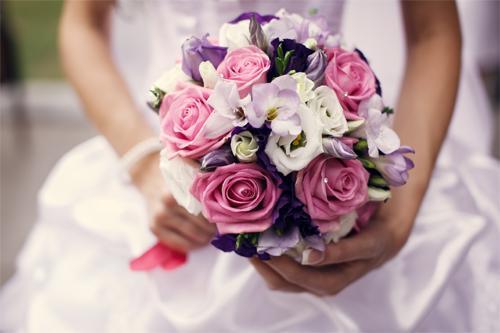 Свадебные цветы теперь не белее снега