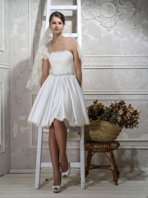 Самобытный свадебный наряд