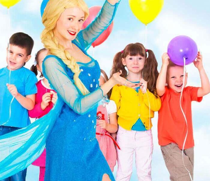 Преимущества детского торжества с живым аниматором