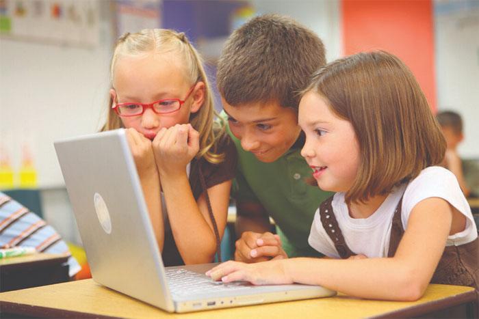 Как быстро выполнить домашнюю работу? С помощью Илюхи и решебников