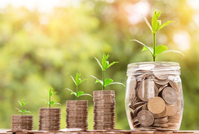 Услуга «деньги в долг на карту»: особенности и преимущества
